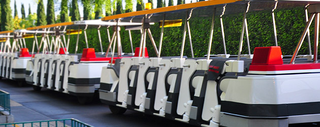 New Disneyland Tram Doors – Added Safety or Just a Pain?