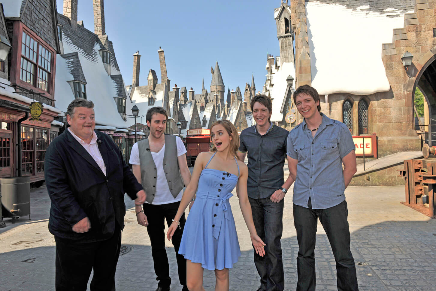 Emma watson and other harry potter stars visit the wizarding world at