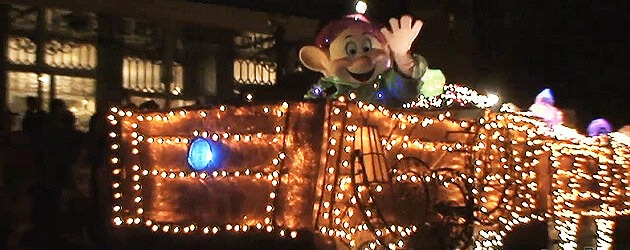 Video: Disney's Main Street Electrical Parade returns to Main Street USA at the Magic Kingdom