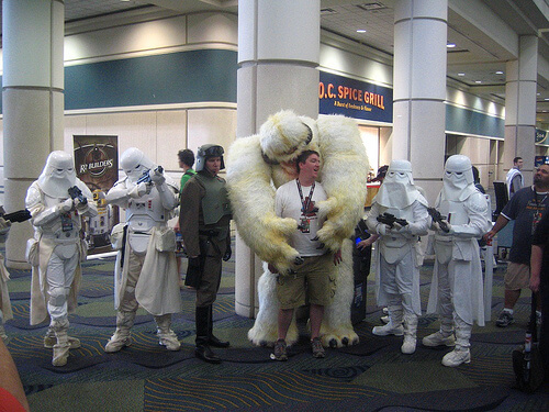 Wampa hugs a guy