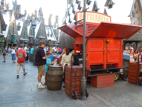No line for the Butterbeer cart