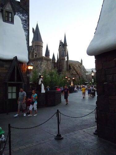 Nearly empty path to Hogwarts