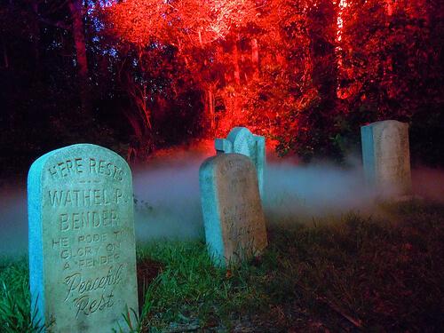 Haunted Mansion graveyard