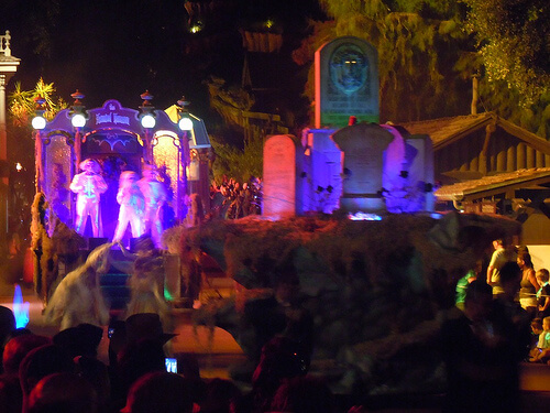 Haunted Mansion in the Boo To You parade