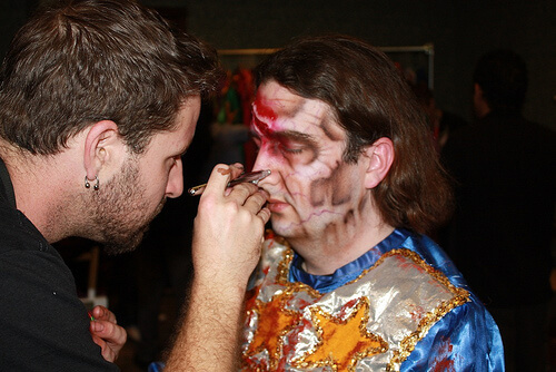 Ricky Brigante turning into a zombie at Halloween Horror Nights 2010