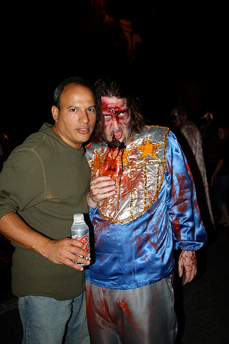 Posing with Ricky Brigante as a zombie at Halloween Horror Nights 2010