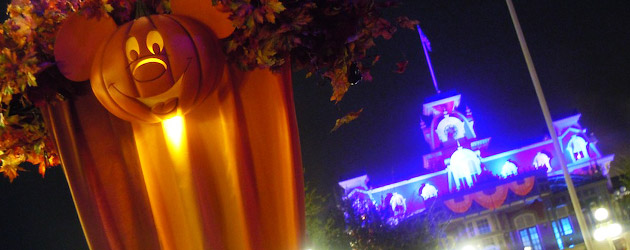 Ghoulish glimpse at Mickey's Not-So-Scary Halloween Party including ...