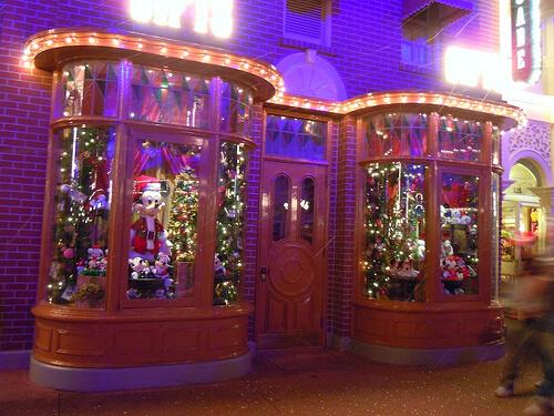 Mickey and Minnie Main Street windows
