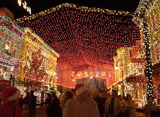 Christmas Orlando Theme Park Round-up: Disney World, Universal ...