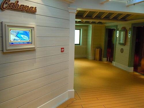 Cabana's buffet elevators - Disney Dream