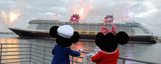 disney-dream-arrives