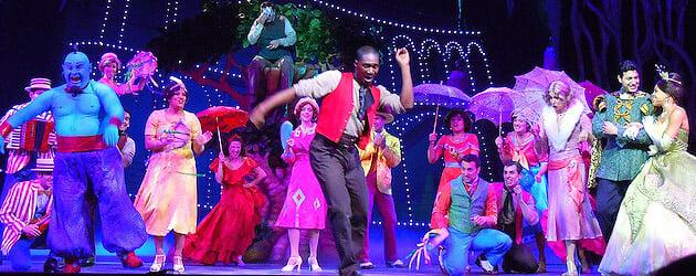 Disney et la magie de Noël sur le Disney Dream! - Page 2 Disney-dream-entertainment