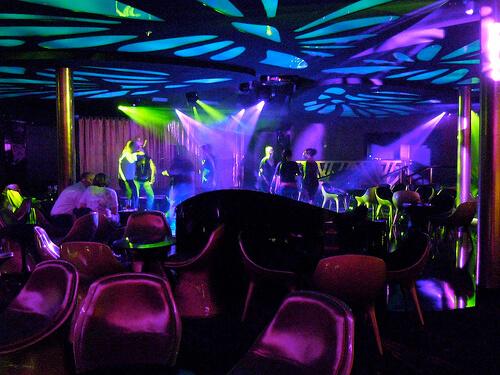 Evolution night club