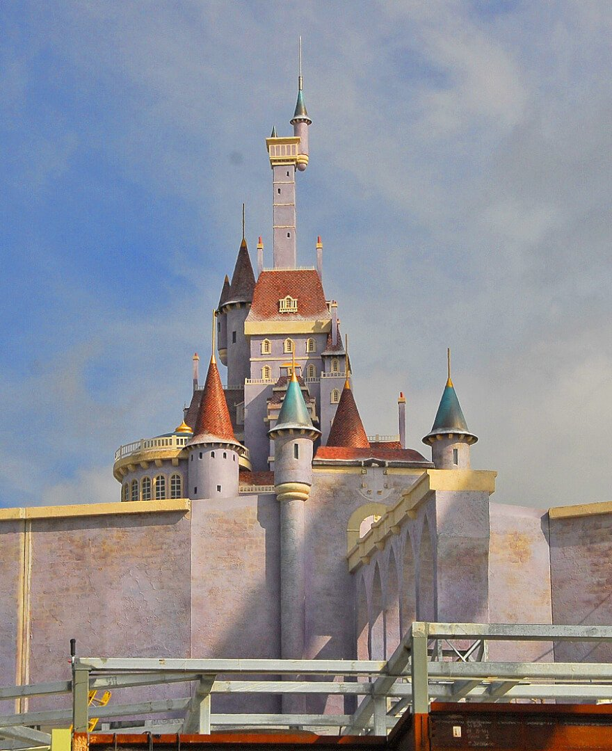 aerial view of beast 39 s castle at walt disney world reveals forced perspective disney magic. Black Bedroom Furniture Sets. Home Design Ideas
