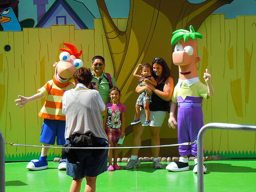 Phineas and Ferb play-and-greet