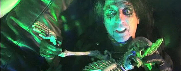 Universal Studios Hollywood says 'Welcome to My Nightmare' with Alice Cooper haunted house at Halloween Horror Nights
