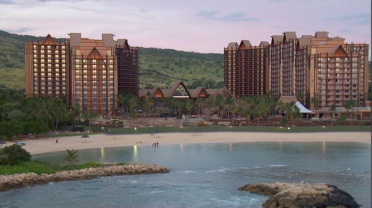 Disney Opens Aulani Resort In Hawaii Imagineers Describe Disney - Aulani discounts