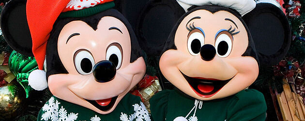Christmas season brings new magic for 2011 at theme parks in Walt Disney World and Disneyland
