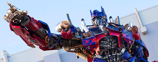 transformers-the-ride-3d-optimus