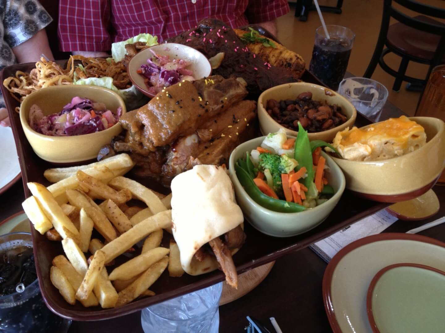 cave inn bbq brings bold unique flavors with prehistoric setting