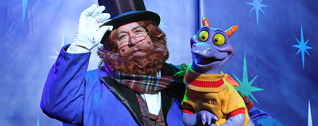 Dreamfinder and Figment surprise 2013 D23 Expo guests with meet-and-greet inside Disney Parks and Resorts pavilion