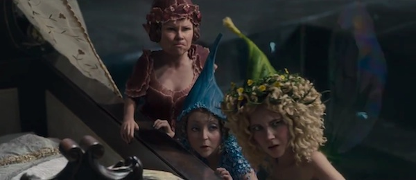 Review Maleficent Twists Disney S Sleeping Beauty