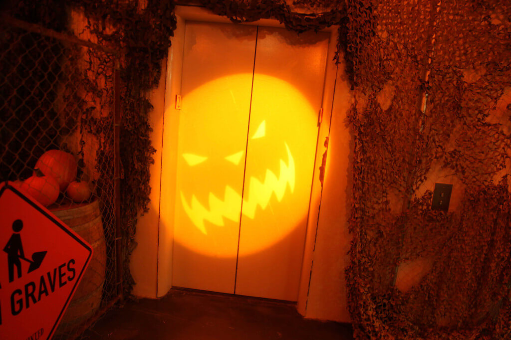 cScareLA_Elavator-Pumpkin_Photo-Credit-Alexander-David-1024x682