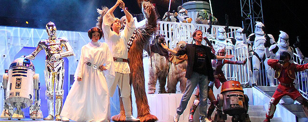 Walt Disney World replaces Star Wars dance-off with tasteful character tribute, taking Star Wars Weekends 2014 seriously