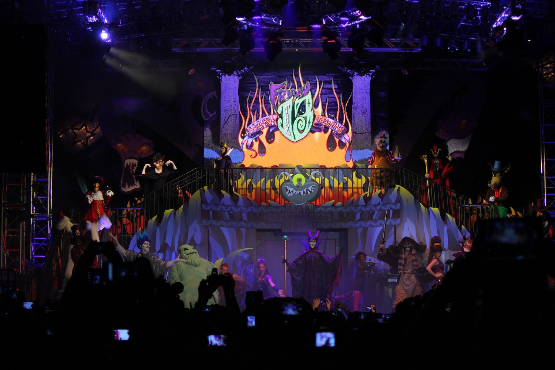 ON TWITTER  Disney Villain Dance Costumes
