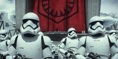 Star-Wars-The-Force-Awakens1-700x300