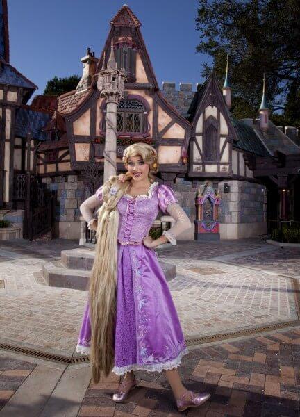 Rapunzel_2_13_DL_004089-720x999
