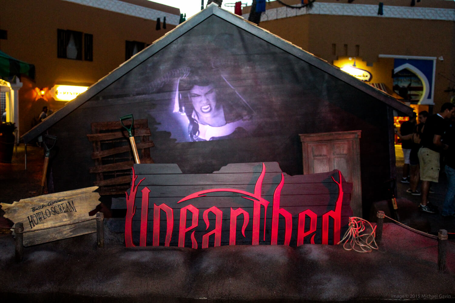 Howl O Scream 2015 Unearths Impressively Eerie New Haunted House At Busch Gardens Tampa Inside