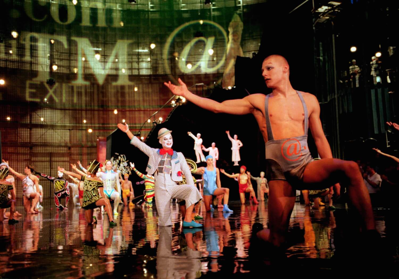 cirque du soleil celebrates 8 000 la nouba performances with backstage look at walt disney. Black Bedroom Furniture Sets. Home Design Ideas