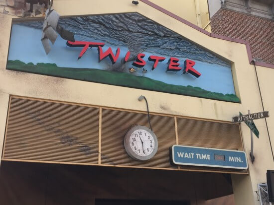 Twister Ride It Out Universal