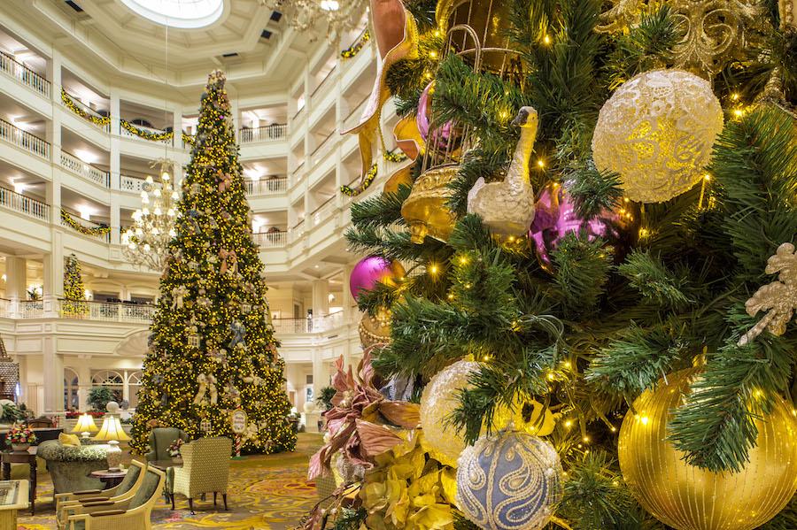 PHOTOS: Top 11 Christmas Trees Not To Miss At Walt Disney