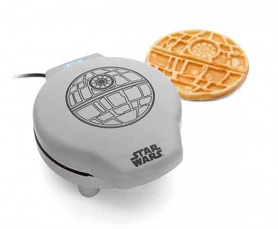 huik_sw_death_star_waffle_maker