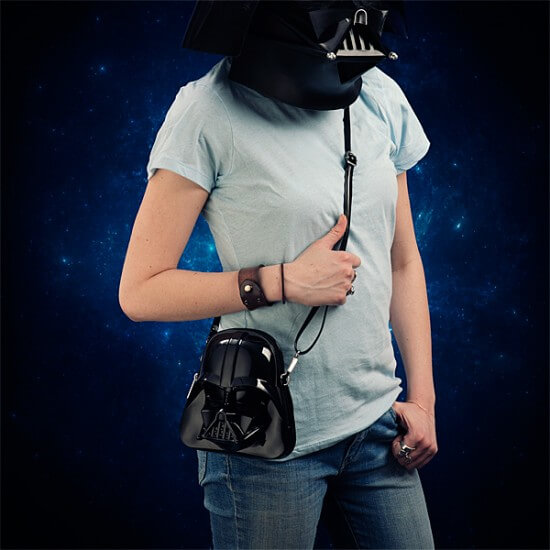 ilpj_sw_vader_molded_purse_inuse