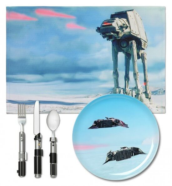 ionm_sw_dinner_set_hoth