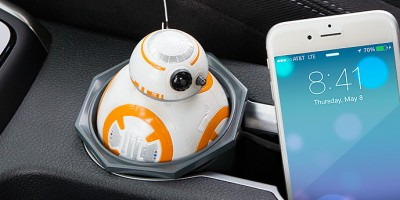itnq_sw_bb-8_car_charger_inuse