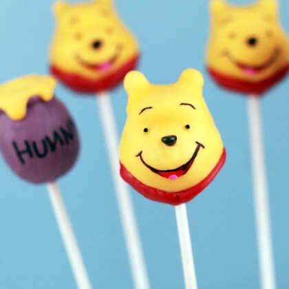 winnie-the-pooh-lollipop-photo-420x420-bakerella-00_IMG_8587