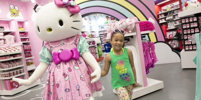 Hello Kitty Store Merch interior Talent CharacterAven