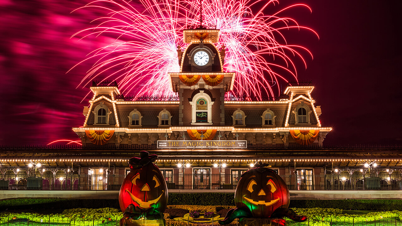 Mickey's Not-So-Scary Halloween Party is now 29 spooky nights at ...