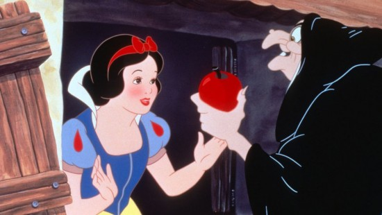 snow_white_and_the_seven_dwarfs_still