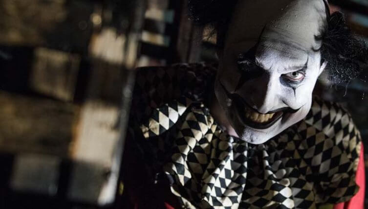 tickets are already on sale for scarehouse s famous haunts the