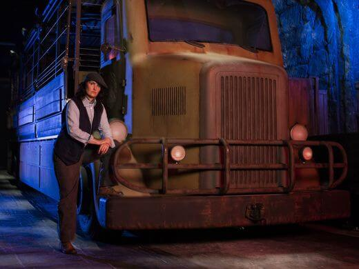 636004849368493455-06-Skull-Island-Reign-of-Kong-Ride-Vehicle