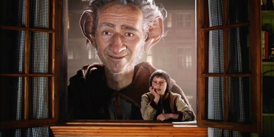 the-bfg-steven-spielberg-movie-2016-release-date-cgi