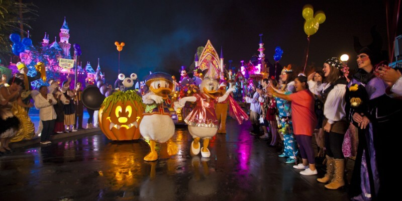 Disneyland announces Mickey's Halloween Party 2016 dates, tickets ...