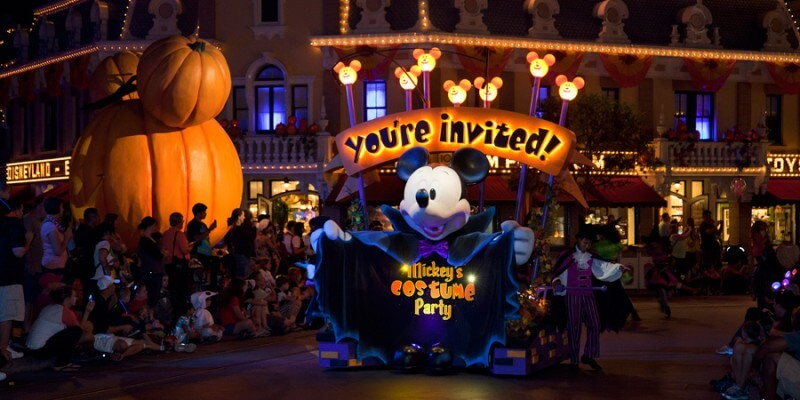 Disneyland updates adult costume guidelines for Mickey's Halloween ...