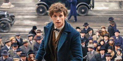 Eddie-Redmayne-in-Fantastic-Beasts-and-Where-to-Find-Them