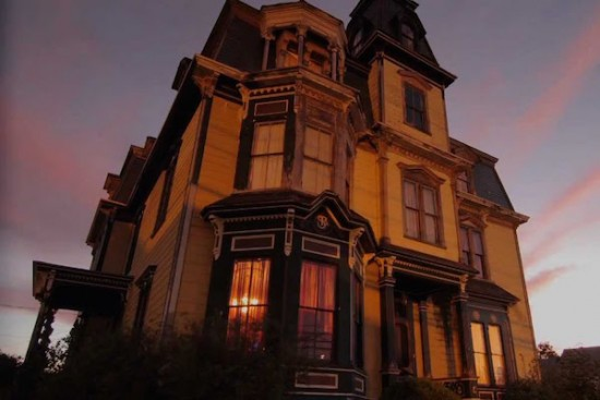 SK Pierce Haunted Victorian Mansion 003